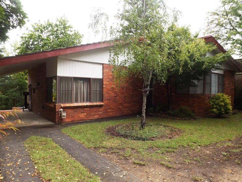 50 Blaxland Road, Wentworth Falls, NSW 2782