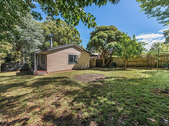 13 William Crescent, Millgrove, Vic 3799