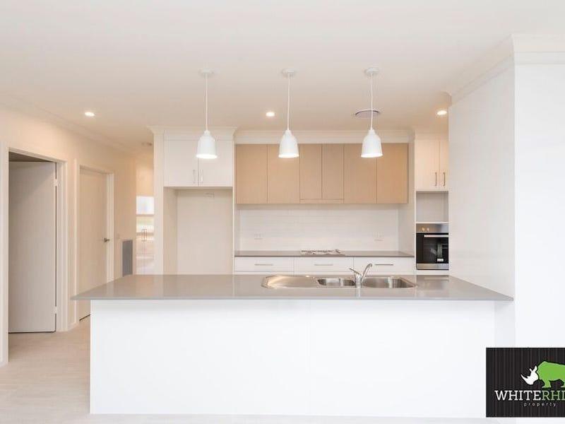 6 Garraway Street, Googong, NSW 2620