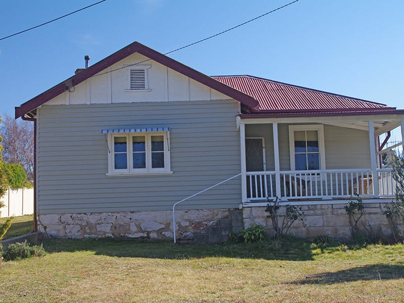 27 Queen Street, Bombala, NSW 2632