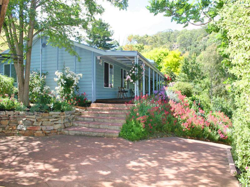 8 Sittella Crescent, Coromandel Valley, SA 5051