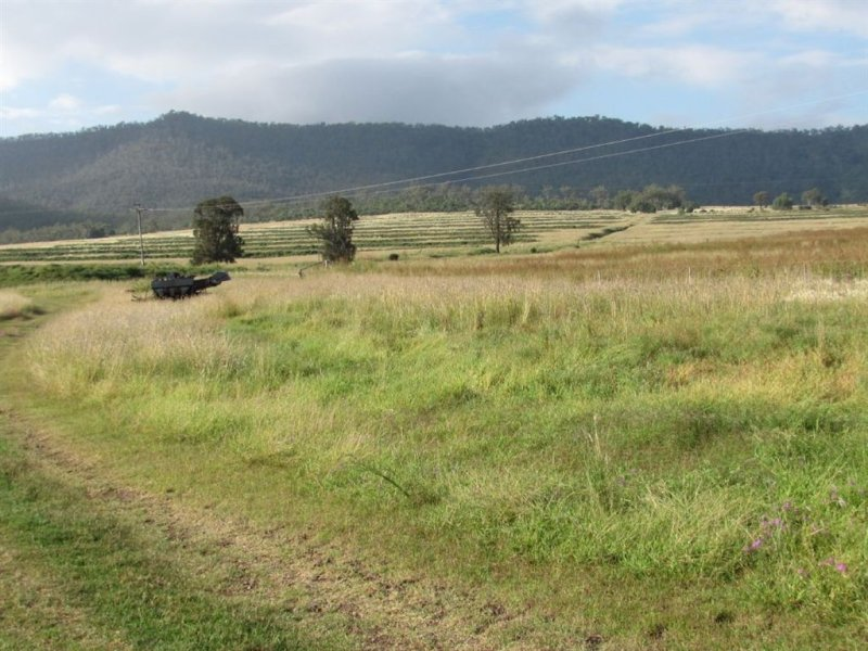 Address available on request, Gladfield, Qld 4370