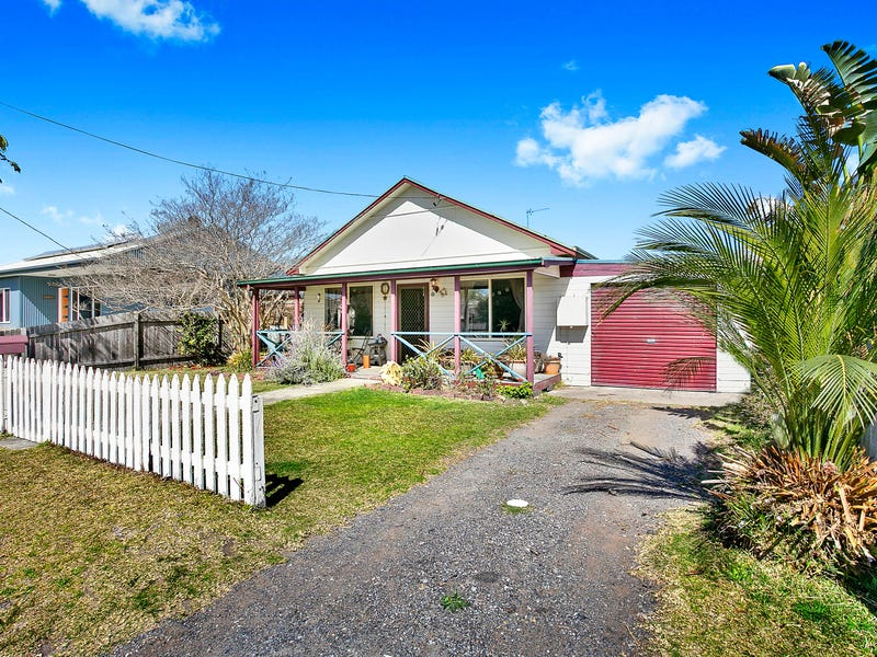 6 Lynch Street, Narooma, NSW 2546