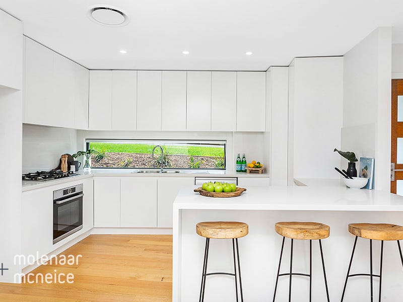 7B Canberra Road, Lake Heights, NSW 2502