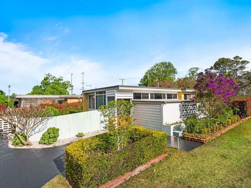 12 Leichney Street, South Toowoomba, Qld 4350