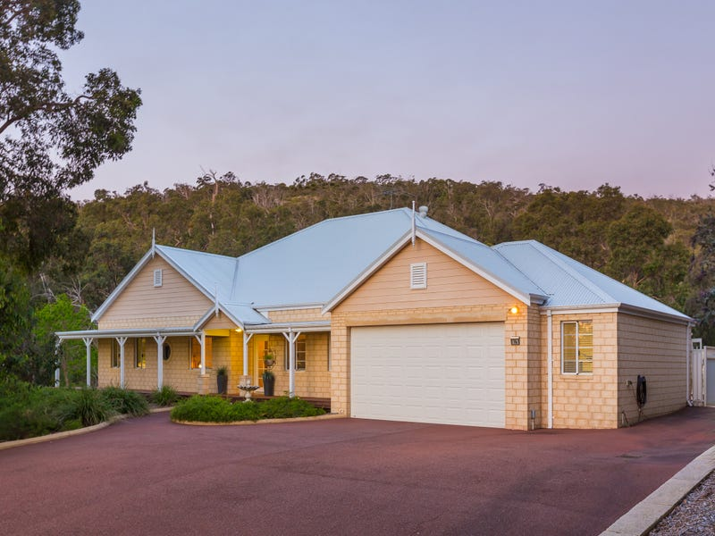 16 Bevis Court, Byford, WA 6122