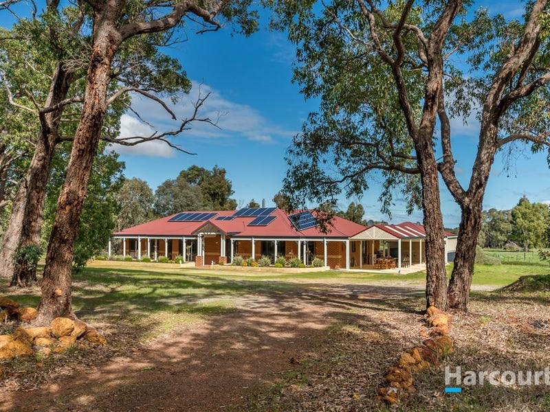 19 Hereford Way, Lower Chittering