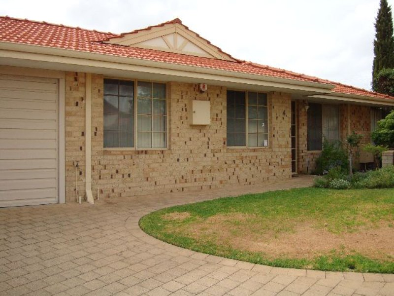 4/330 Preston point rd, Attadale, WA 6156