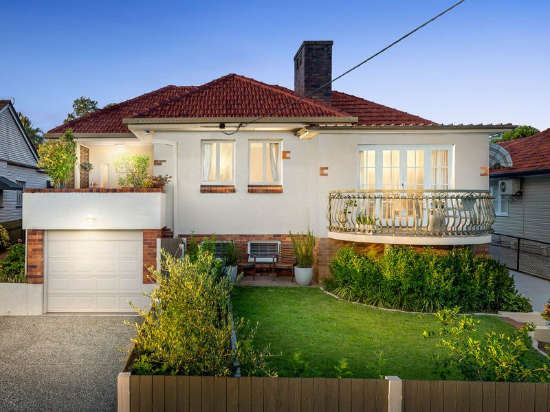 235 Rode Road, Wavell Heights, Qld 4012