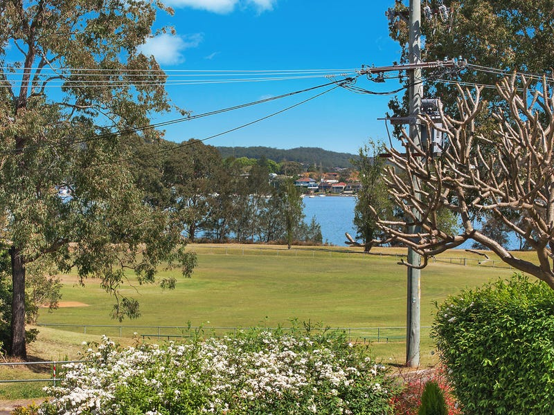 18 Roy Avenue, Bolton Point, NSW 2283