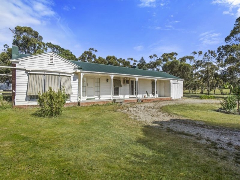 28 Fielding Drive, Gisborne South, Vic 3437