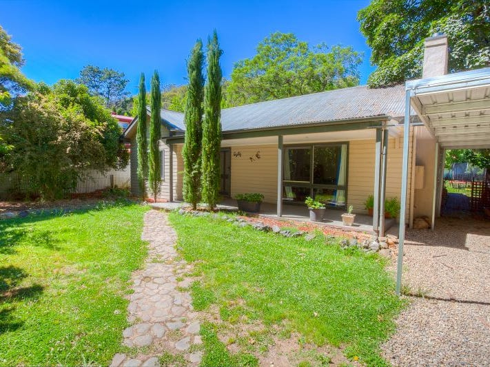 80 Delany Avenue, Bright, Vic 3741