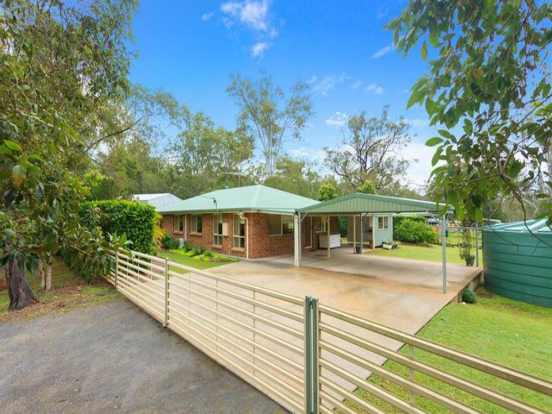 8 Humphries Road, South Maclean, Qld 4280