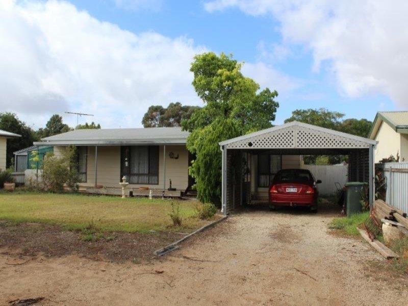 27 First Street, Owen, SA 5460
