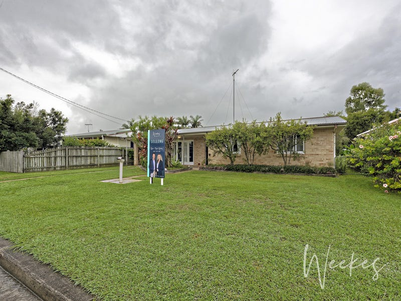 16 Loney Street, Avenell Heights, Qld 4670