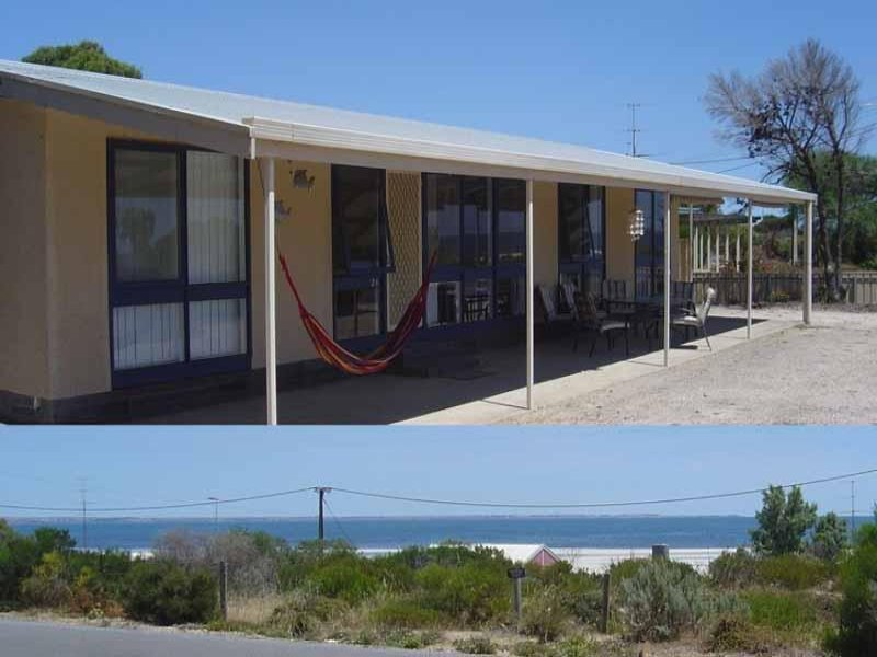 24 24 Esplanade, Hardwicke Bay, SA 5575
