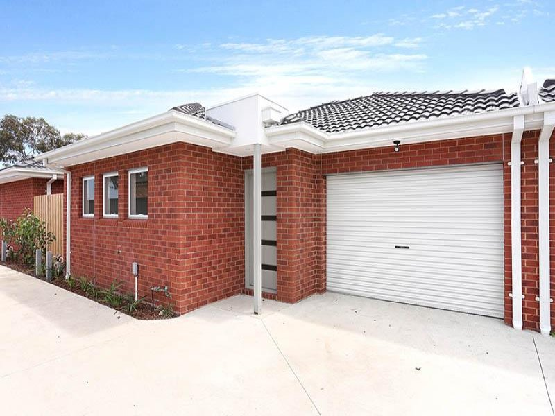 2/24 Aviemore Way, Point Cook, Vic 3030