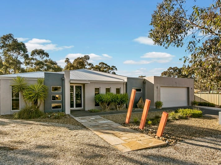 11 Hastings Drive, Maiden Gully, Vic 3551
