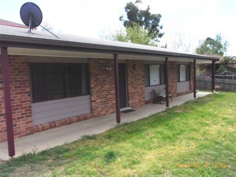 16 Cousins Place, Bathurst, NSW 2795