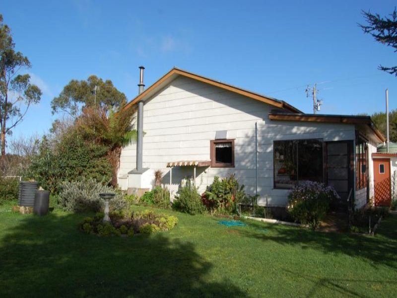 Address available on request, Garvoc, Vic 3265
