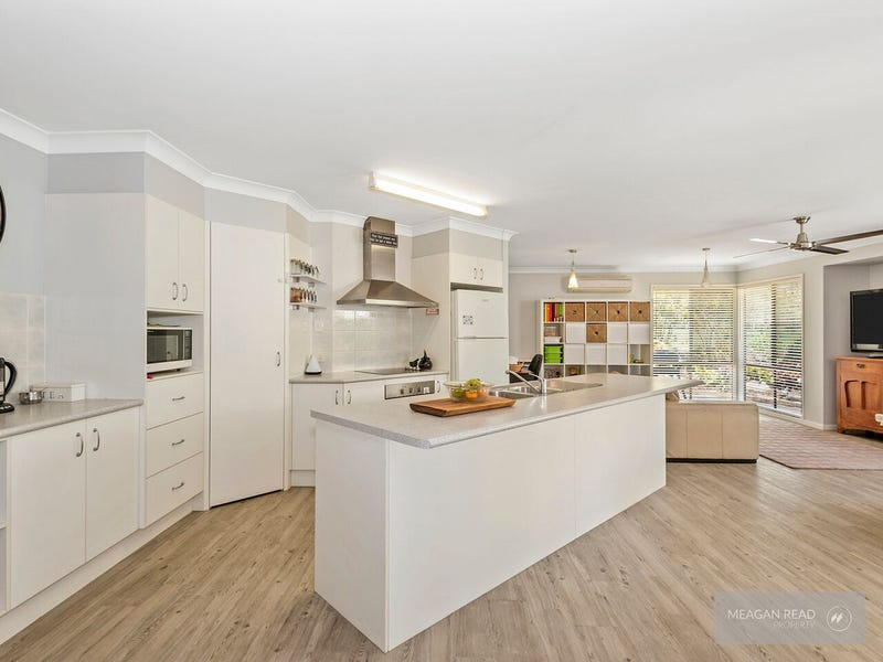 22 Tallowood Place, Jimboomba, Qld 4280