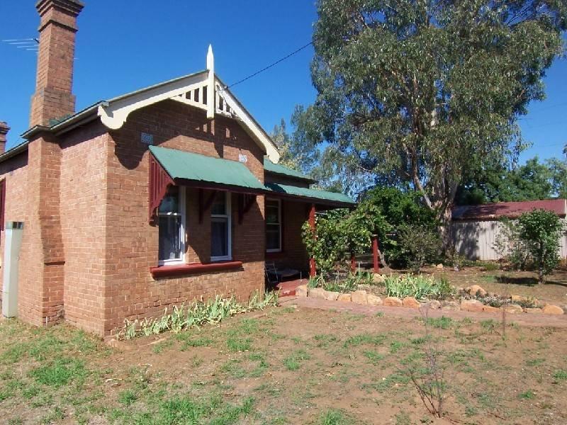 40 FLORANCE STREET, Cootamundra, NSW 2590