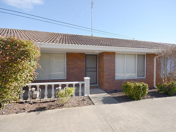 2/810 Humffray Street South, Mount Pleasant, Vic 3350