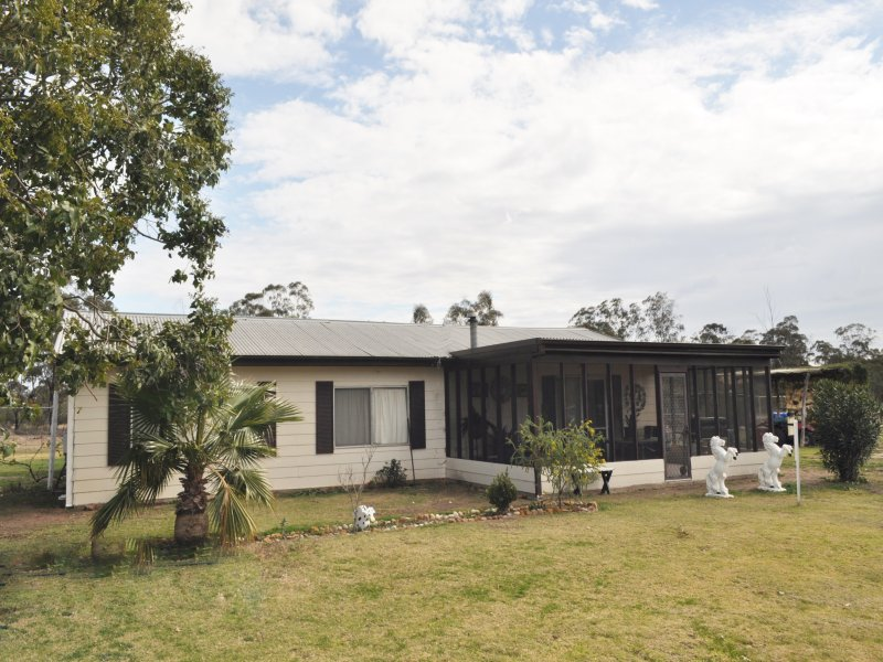 296  Forrest Way, Narrabri, NSW 2390