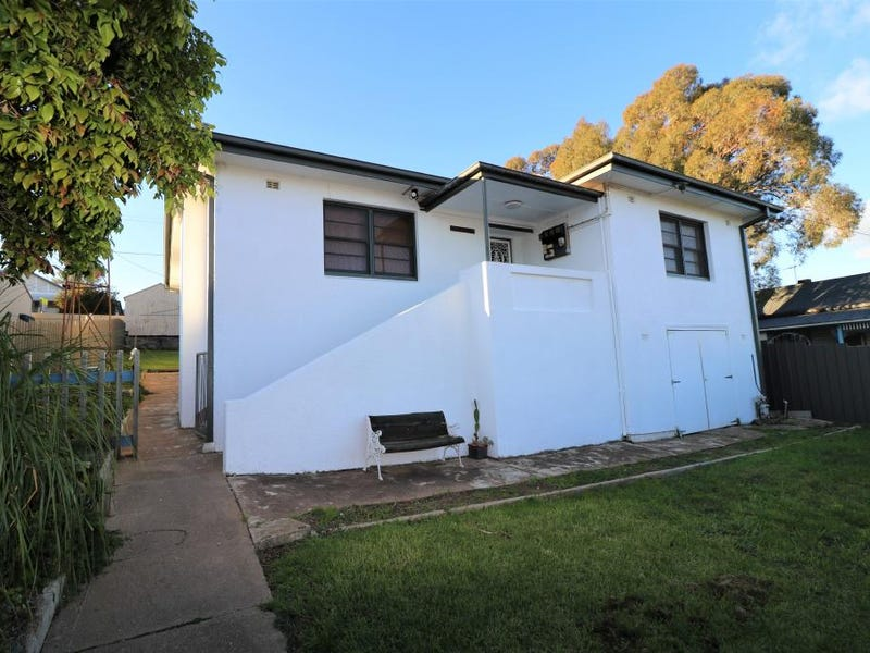 85 Brock Street, Young, NSW 2594
