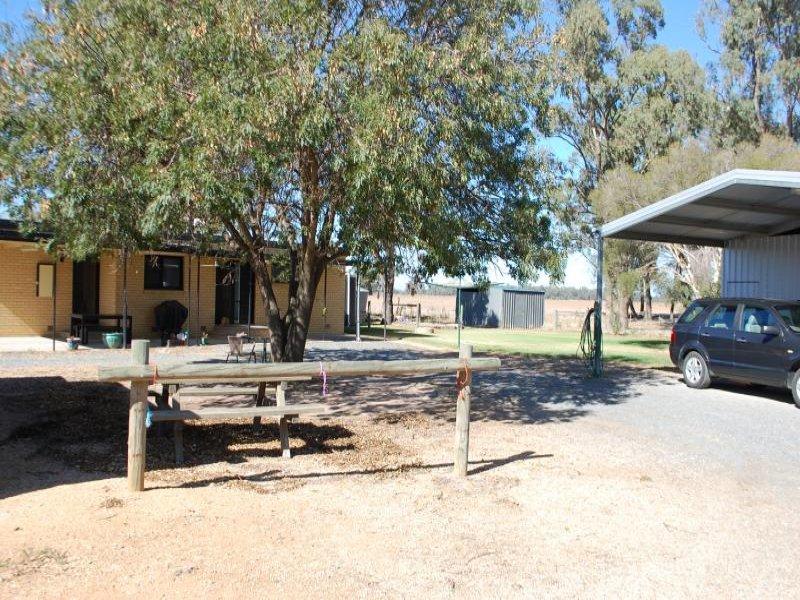 729 Zeerust School Road, Zeerust, Vic 3634