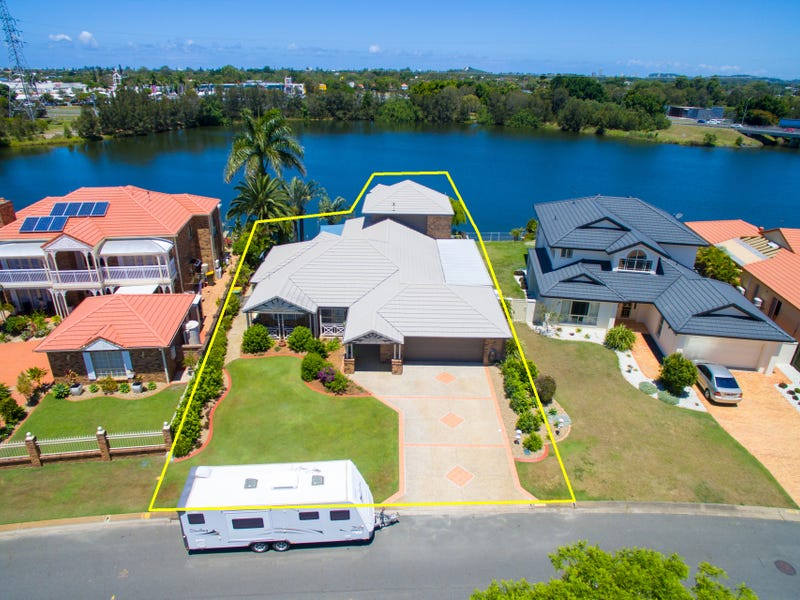 67 Port Jackson Boulevard, Clear Island Waters, Qld 4226