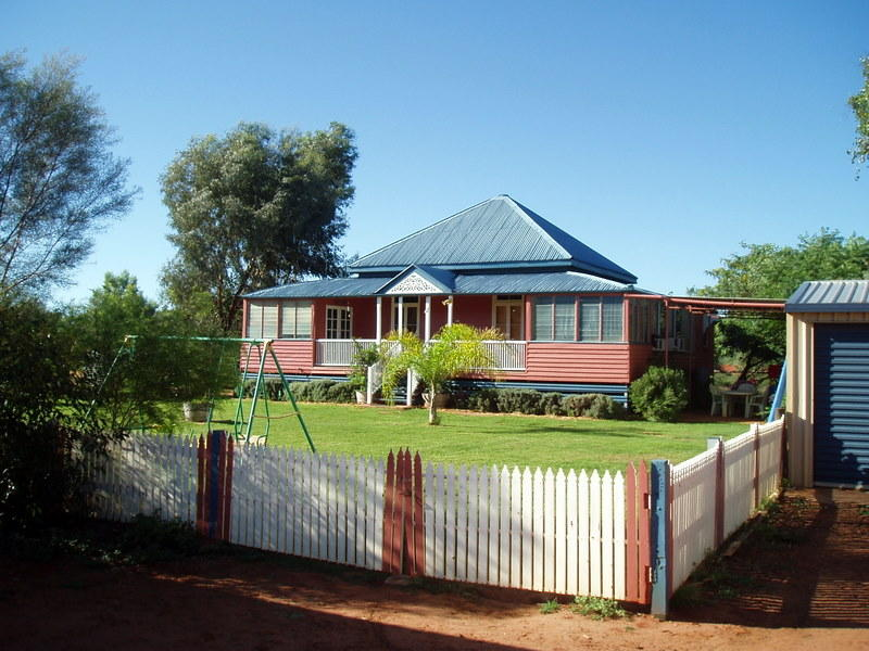 8 Barriens Estate, Charleville, Qld 4470