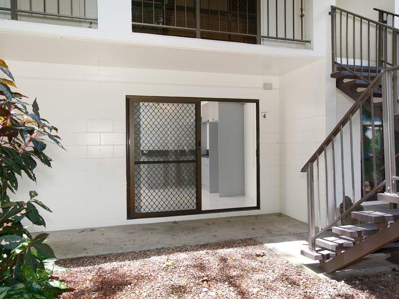4 McPherson Close, Edge Hill, Qld 4870