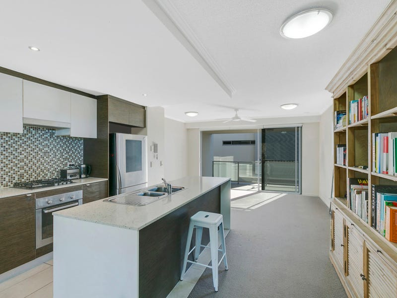 10/154 Musgrave Avenue, Southport