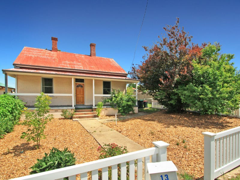 13 Sellar St, Cooma, NSW 2630