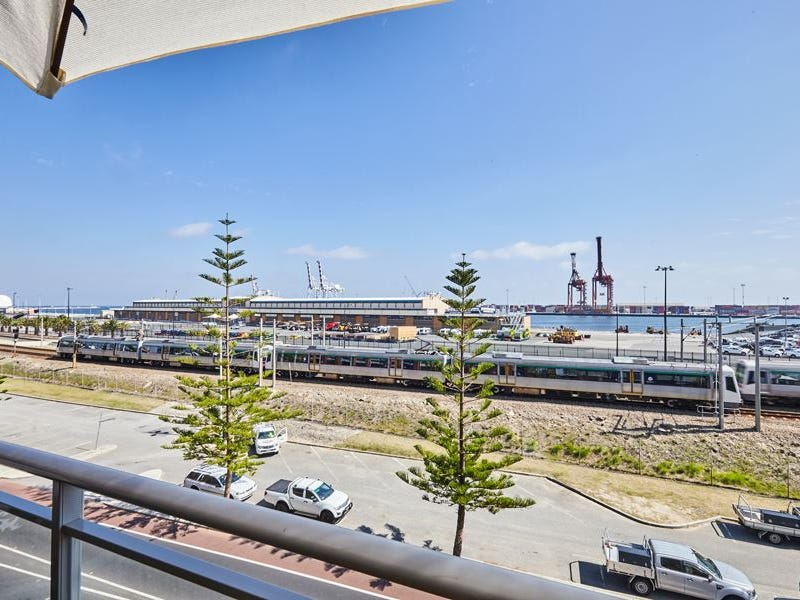46/57 Beach Street, Fremantle, WA 6160