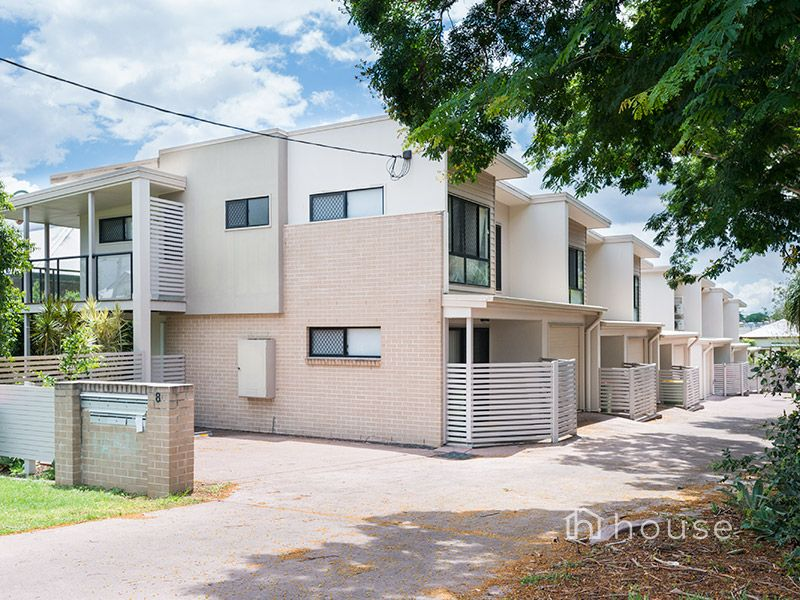 3/8 Macquarie Street, Booval, Qld 4304