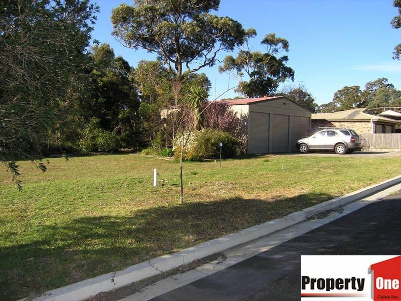 25 Bay Street, Callala Bay, NSW 2540