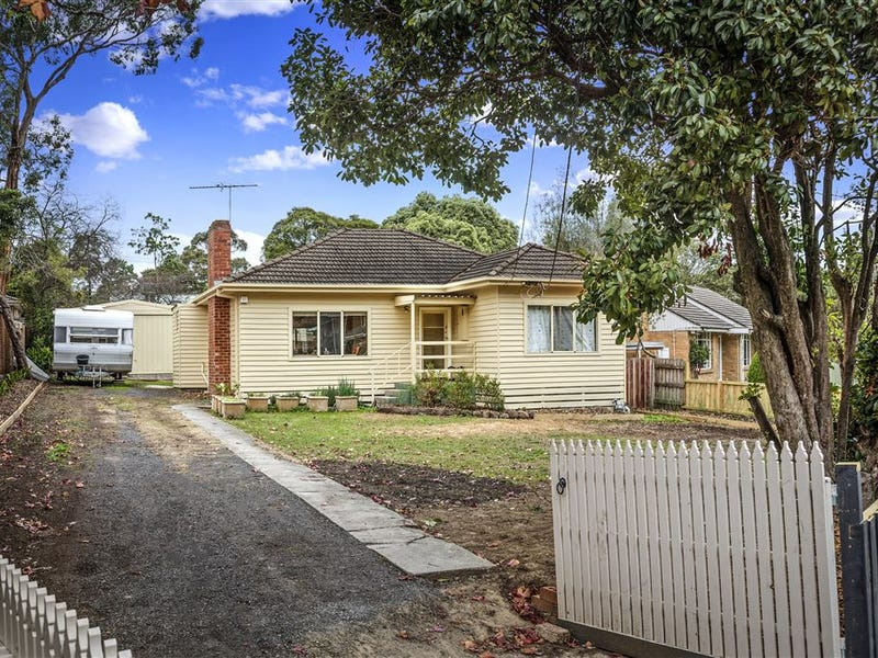 23 Rosedale Crescent, Ringwood East, Vic 3135