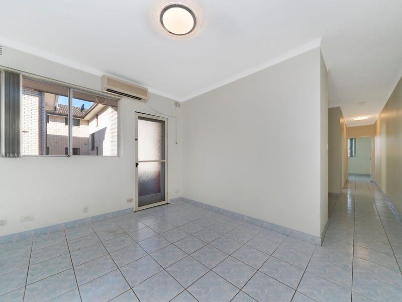 8/37 Kenyon Street, Fairfield, NSW 2165