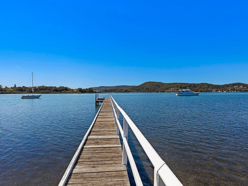 83 Albany Street, Point Frederick, NSW 2250