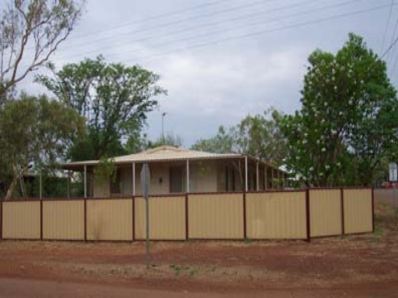 104 HALL STREET, Halls Creek, WA 6770