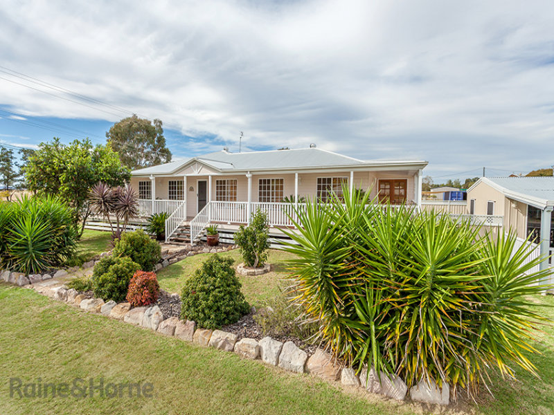 45 East Street, Clifton, Qld 4361