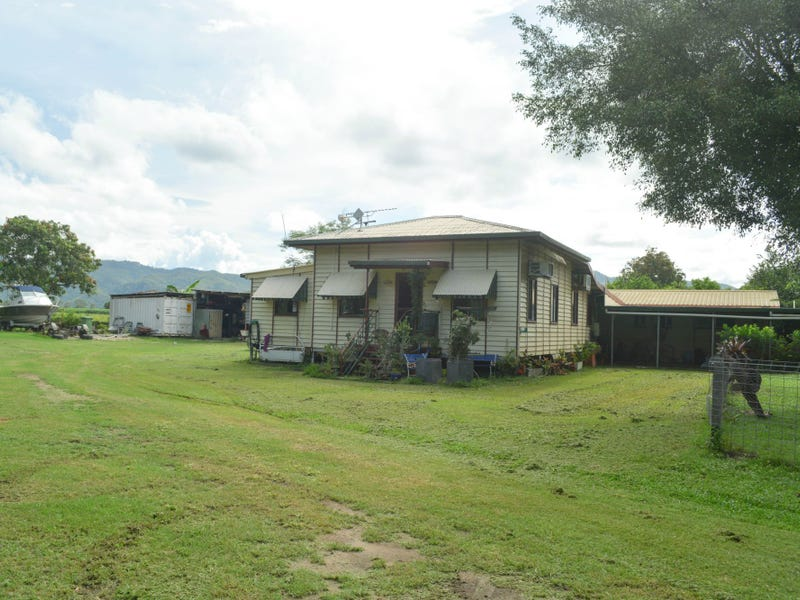 247 Oakenden-Sarina Road, Oakenden, Qld 4741