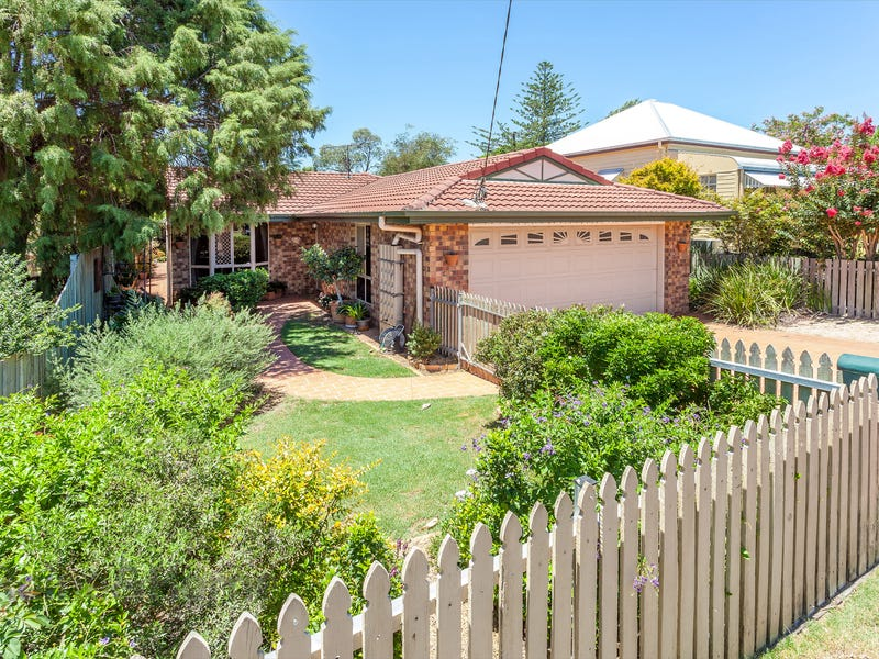 14 Goodwood Street, Newtown, Qld 4350