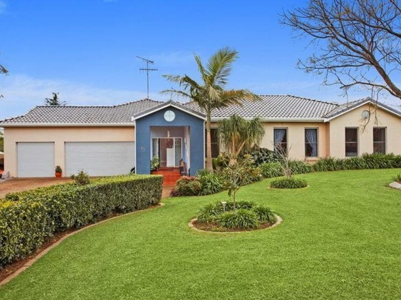 13 Willoughby Circuit, Grasmere, NSW 2570