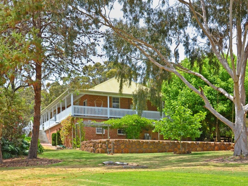 115 Rocky Crossing Road, Willyung