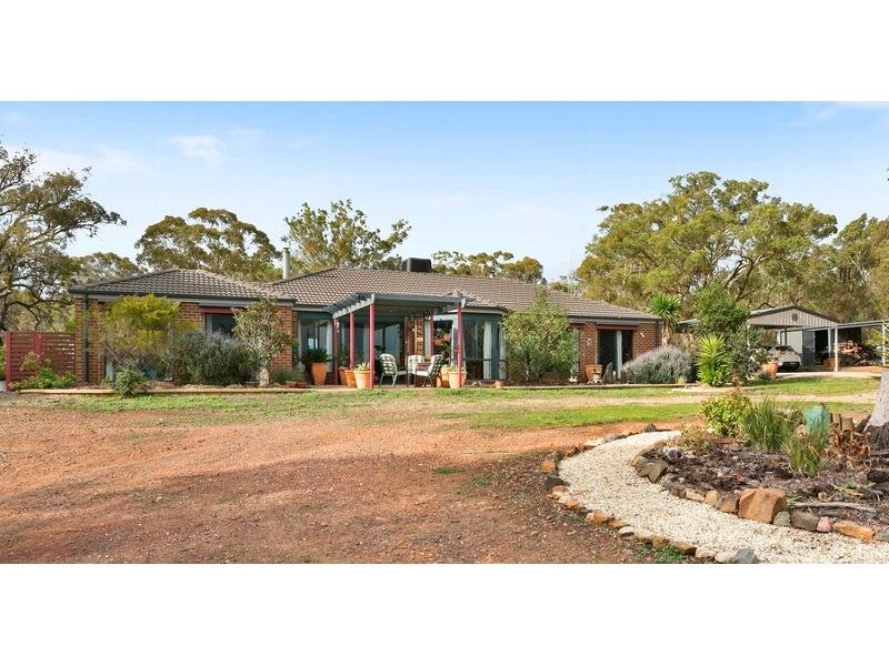 121 Pinchgut Lane, Shelbourne, Vic 3515