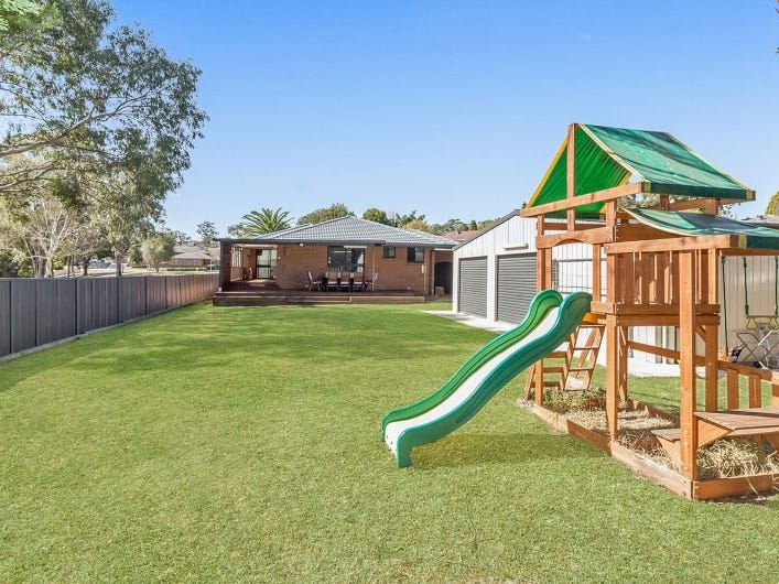 74 Aberdeen Road, St Andrews, NSW 2566