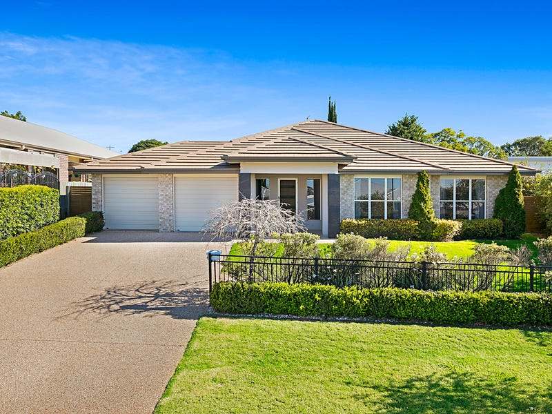 4 Saba Court, Middle Ridge, Qld 4350